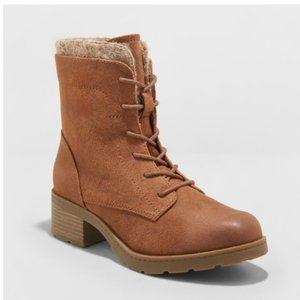 Dez Lace Up Hiker Boots Universal Thread 8.5